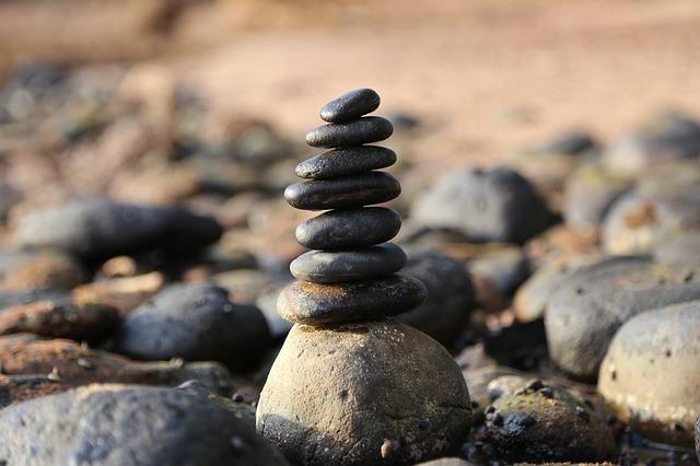komínek z kamenů