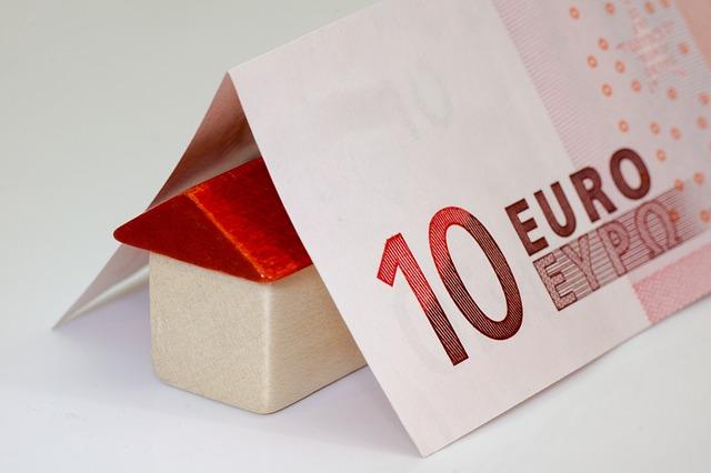 deset euro, domek